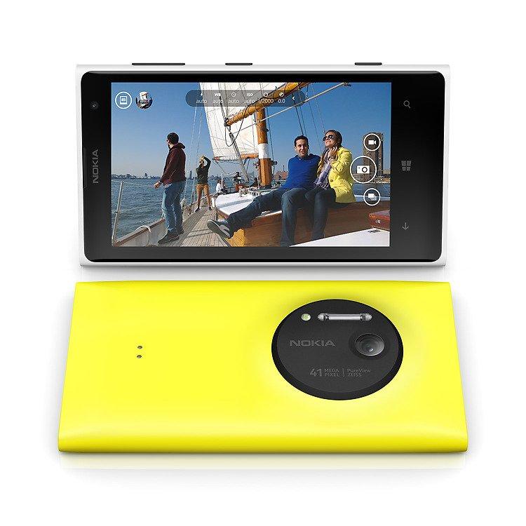 Nokia-Lumia-1020-camera-Black-update