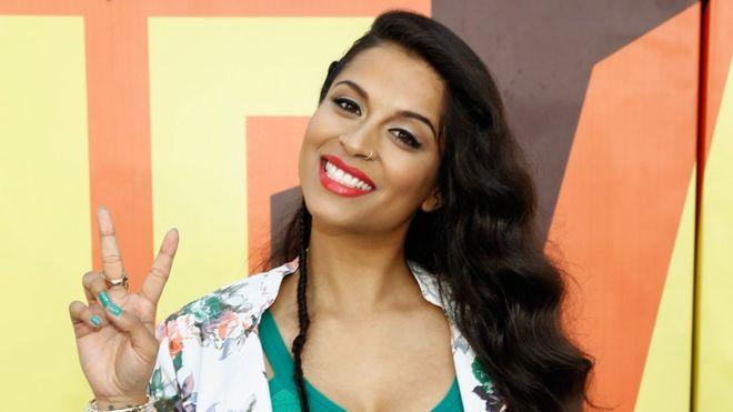 """Lilly Singh """"Superwoman"""" La mujer que mas gana en YouTube. - Image"""